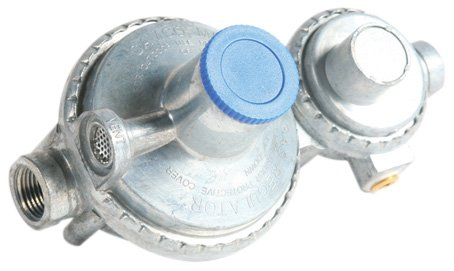 Camco 59313 Vertical Two Stage Propane Regulator front-626159