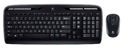 Logitech Wireless Desktop MK320 with Keyboard and Mouse