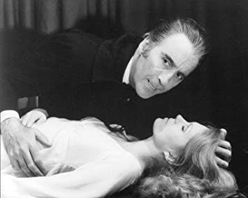 CHRISTOPHER LEE COUNT DRACULA JOANNA LUMLEY JESSICA VAN HELSING THE SATANIC RITES OF DRACULA 8X10 PHOTO