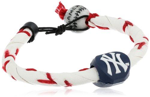 MLB New York Yankees Classic Frozen Rope Baseball Bracelet