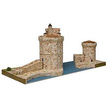 Maquette en céramique - Tours de la Rochelle, France