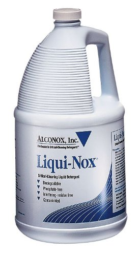 <b>Liqui-Nox </b> cleaner for general purpose cleaning, 1 quart bottle, case of 12 bottles