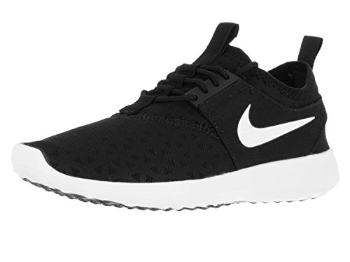 Nike Women's Juvenate Black/White Running Shoe 9.5 Women US