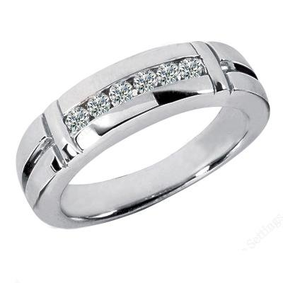 0.40 ct Men's Round Cut DiamondWedding Band In Channel Setting in 14 kt White Gold