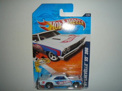 2011 Hot Wheels HW Racing '67 Chevelle SS 396 White on 2 Car Bands Included Card #151/244 - 1