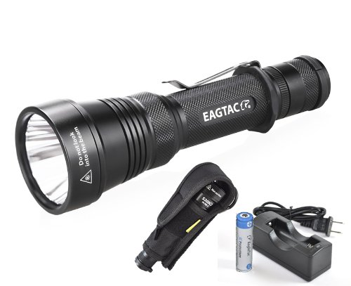 Bundle: Eagletac S200C2 1116 Lumens 417 Yards Long Throwing Rechargeable Led Flashlight With Eagletac Rechargeable 18650, Charger & Premium Holster - Cree Xm-L2 U2