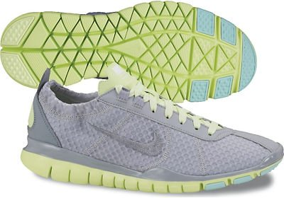 check out 2aa57 89bc6 Nike Women s Free TR Twist Wolf Grey White Liquid Lime 9 B US
