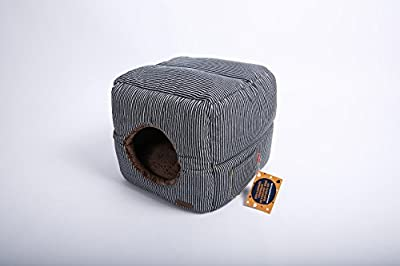 """Self Warming Cat Bed and Cube: Unique 2 in 1 Design 