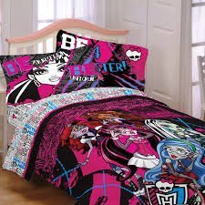 Monster High Bedding Full Size   4 Piece Decorative Sheet Set