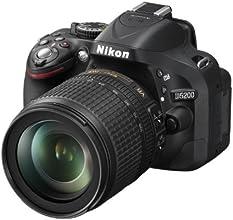 Nikon D5200 Fotocamera Reflex Digitale con Obiettivo Nikkor 18/105VR, 24.1 Megapixel, LCD HD 3 Pollici Regolabile, SD 8GB 100x Premium Lexar, Nero [Nital card: 4 anni di garanzia]