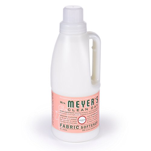 Mrs. Meyer's Clean Day Fabric Softener, Geranium, 32 Ounce Bottle (Natural Fabric Softner Sheets compare prices)