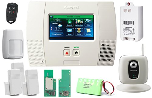 Honeywell Lynx Touch L5200 Video Kit with IPCAM-WI2, Wifi Module and Zwave Module (Honeywell L5200 Camera compare prices)