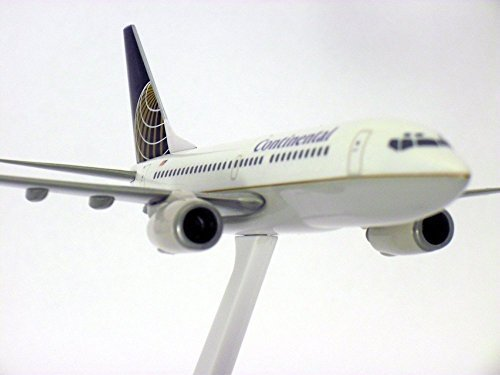boeing-737-700-continental-airlines-1-200-scale-model-by-flight-miniatures-by-flight-miniatures