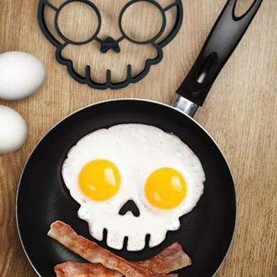 Fred & Friends FUNNY SIDE UP, Skull Egg Mold (Egg Sunny Side Up compare prices)