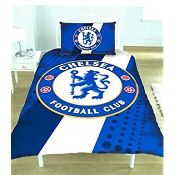This official Chelsea FC duvet set featuring the club's new crest comprises of a duvet cover and pillowcase. Designed to fit a single bed. Available for immediate delivery. 100% polyester Duvet Cover