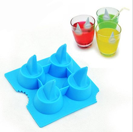 Jade Onlines 4-Cavity Adorable Shark Fin Shaped Ice/Cake/Chocolate/Sugar Decorating Silicone Mini Cube Craft Fondant Mold Tray(Send By Random Colour)