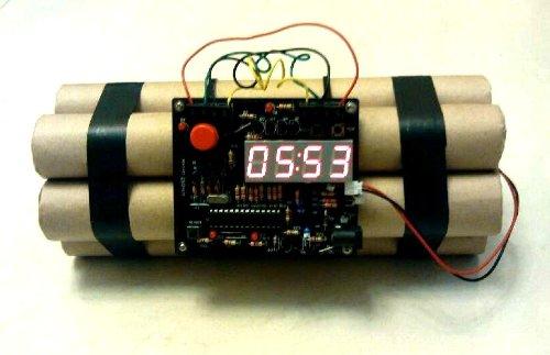 9e2bed15e45 Novelty Defusable Bomb Alarm Clock   Bomb-like Alarm Clock