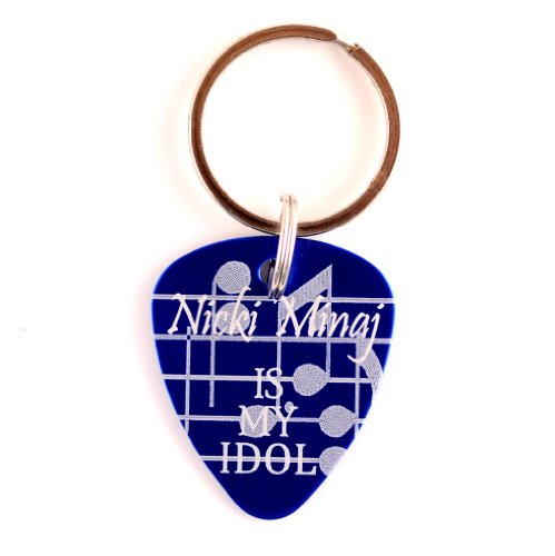 american-idol-nicki-minaj-guitar-pick-keychain