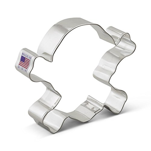 Ann Clark Skull & Crossbones Cookie Cutter - 4.5 Inches - Tin Plated Steel (Country Shaped Cookie Cutters compare prices)