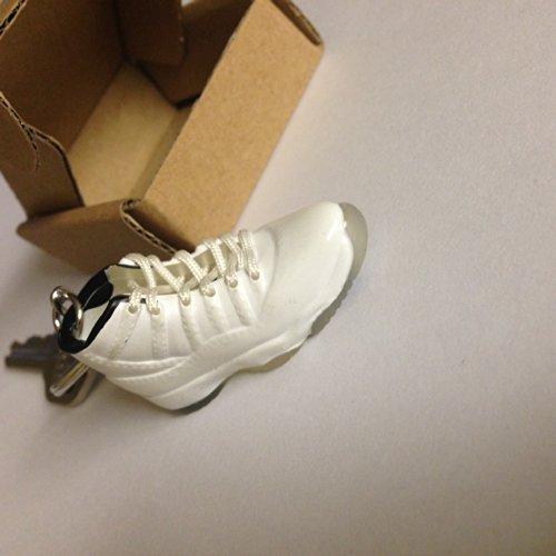 air-jordan-xi-11-columbia-white-chicago-bulls-sneakers-shoes-keychain-keyring-aj-23-retro-by-easy
