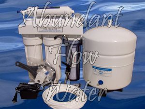 6 Stage Reverse Osmosis Water Filter System With UV Sterilizer Light 50 gpd Drinking Water RO