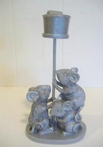 Three mice figurine