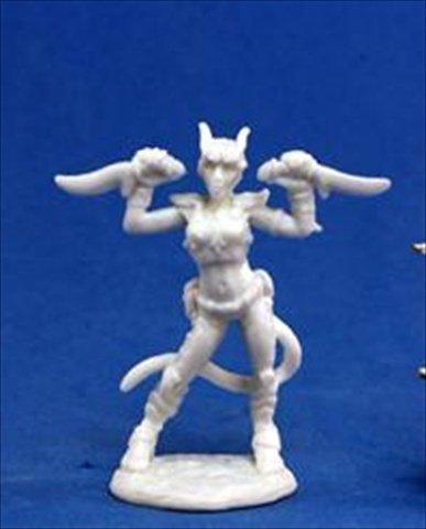 Reaper Miniatures 77118 Bones - Tiviel, Hellborn Rogue by Reaper