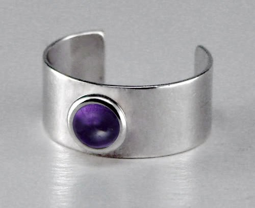 A Delightful Sterling Silver Ear Cuff Accented with Genuine Amethyst