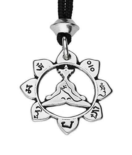 handgemachte-lotus-pose-padmasana-yoga-meditation-zinn-anhanger-am-schwarzen-kabel