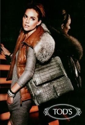 print-ad-with-sienna-miller-for-tods-handbags-2007print-ad