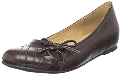 CL by Chinese Laundry Women's Myra Slip-On Flat,Mocha,6 M US