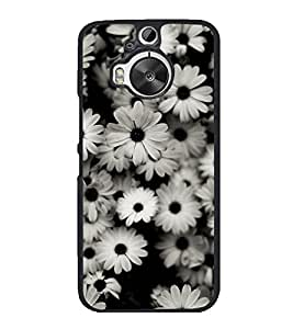 Beautiful White Flowers 2D Hard Polycarbonate Designer Back Case Cover for HTC One M9 Plus :: HTC One M9+ :: HTC One M9+ Supreme Camera