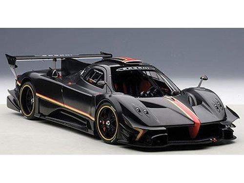 pagani-zonda-revolution-revolucion-black-carbon-fiber-1-18-by-autoart-78272-by-autoart