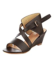 Vero Couture Women's Criss Cross Straps Wedges Black PU