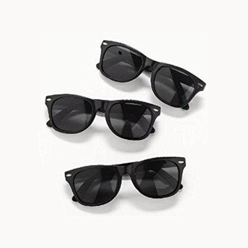 Vintage Black Wayfarer Style Sunglasses