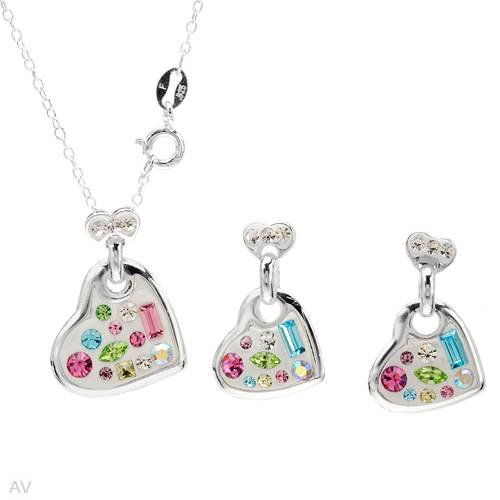 Sterling Silver Crystals Heart Ladies Jewelry Set. Length 21 in. Total Item weight 4.6 g.