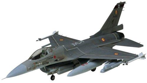 1/72 ウォーバードコレクション WB-1 F-16ファイティング・ファルコン