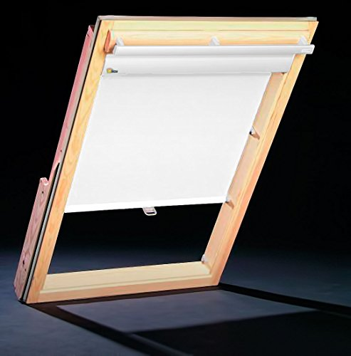 dachfenster thermo rollos f r roto fenster profilfarbe wei auch mit silbernen profilen. Black Bedroom Furniture Sets. Home Design Ideas