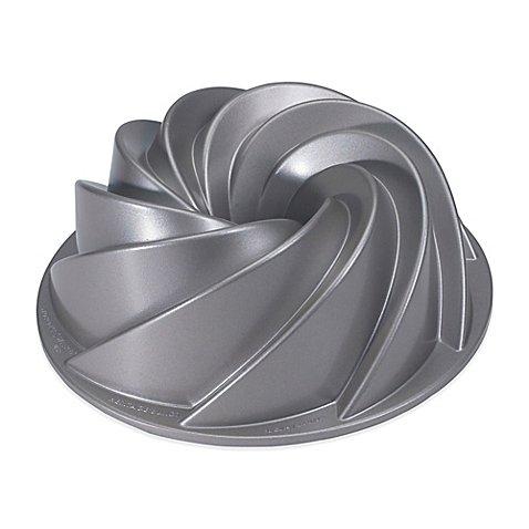 Nordic Ware® 10-cup Capacity Heritage Bundt Pan Aluminum Construction (Nordic Ware Bundt Pan Heritage compare prices)