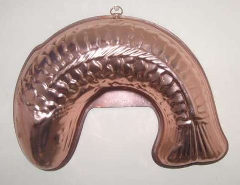 Large Copper (Curved) Fish Shaped Jello Mold 5.5 Cups - 13