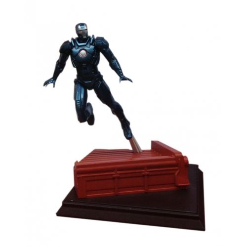 "Dragon Models Iron Man 3 - Mark 16 - Black Stealth Suit ""Nightclub"" Model Kit (1/24 Scale)"