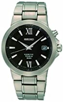Seiko Men&#39;s SKA483 Kinetic Titanium Bracelet Watch