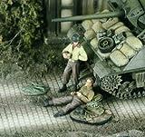 アメリカ軍  休息する戦車兵 2体 1:48 US Tankers at rest (2 Figures) [VP2271]