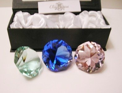 Oleg Cassini Colorful Crystal Paperweights (Crystal Oleg Cassini compare prices)