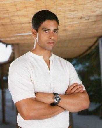 ブロマイド写真★海外ドラマ『CSI:マイアミ』デルコ(アダム・ロドリゲス)/腕を組む