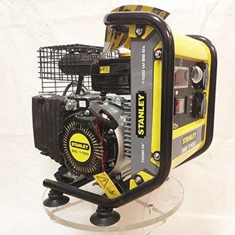 Generatore di Corrente Inverter Stanley SIG 1100 Motore 2.5 HP Potenza 1.1 kW