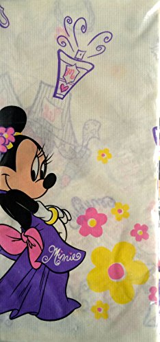 Dress up Minnie Table Cover