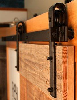 HomeDeco Hardware Black Interior Rustic Sliding Wood Barn Door ...