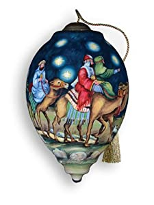 "Ne'Qwa ""Oh Come, Let Us Adore Him"" Hand-Painted Glass Christmas Ornament #749"
