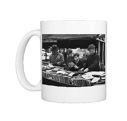 Photo Mug Of Browsing Through Book Stalls - Shude Hill, Manchester front-588691